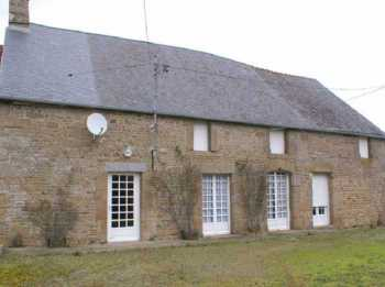 AHIB-4-MF785-DM35 Louvigné du Désert 35420 4 bedroomed stone farmhouse on 1 hectare