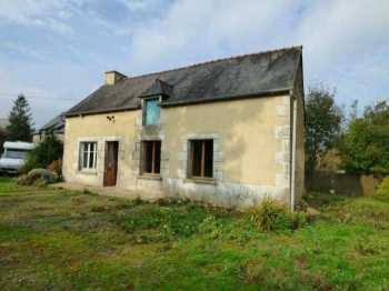 AHIB-1-ID2085 Saint Vran 22230 2 houses to renovate on 4836m2 grounds