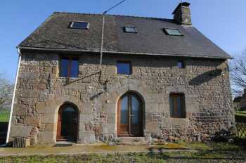AHIB-SIF-00868 Louvigné-du-Desert 35420 Stunning traditional stone house with plenty of charm and character for sale in Brittany with almost 3/4 acre garden.