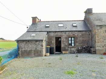AHIB-1-AM-Ploëzal 22260 2 bedroom semi-detached stone cottage with 529m2 garden