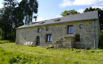 AHIB-2-JS2587713 Seglien 56480 Detached stone 4 bedroomed farmhouse with 4626m2