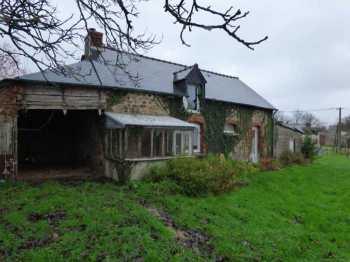 AHIB-1-ID2400 Plumieux 22210 Detahced stone house on 1197m2.