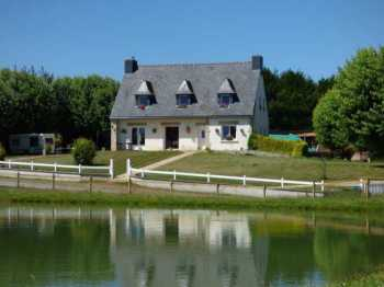 AHIB-1-ID1935 - Plumieux 22230 5 bedroomed detached néo-bretonne house with 2,5673m2 of land - equestrian