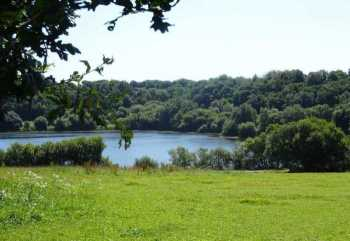 AHIB-3-mon1775 • 5,000m2 of Building Land with views over nearby Lake