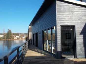 AHIB-3-M1780-2914723 Huelgoat 29690 3 bedroomed lakeside house - rare opportunity!
