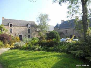 AHIB-1-MT-BB9445 Quévert 22100 Superb 17th century 4 bedroomed property with landscaped park, outbuildings and great charisma!